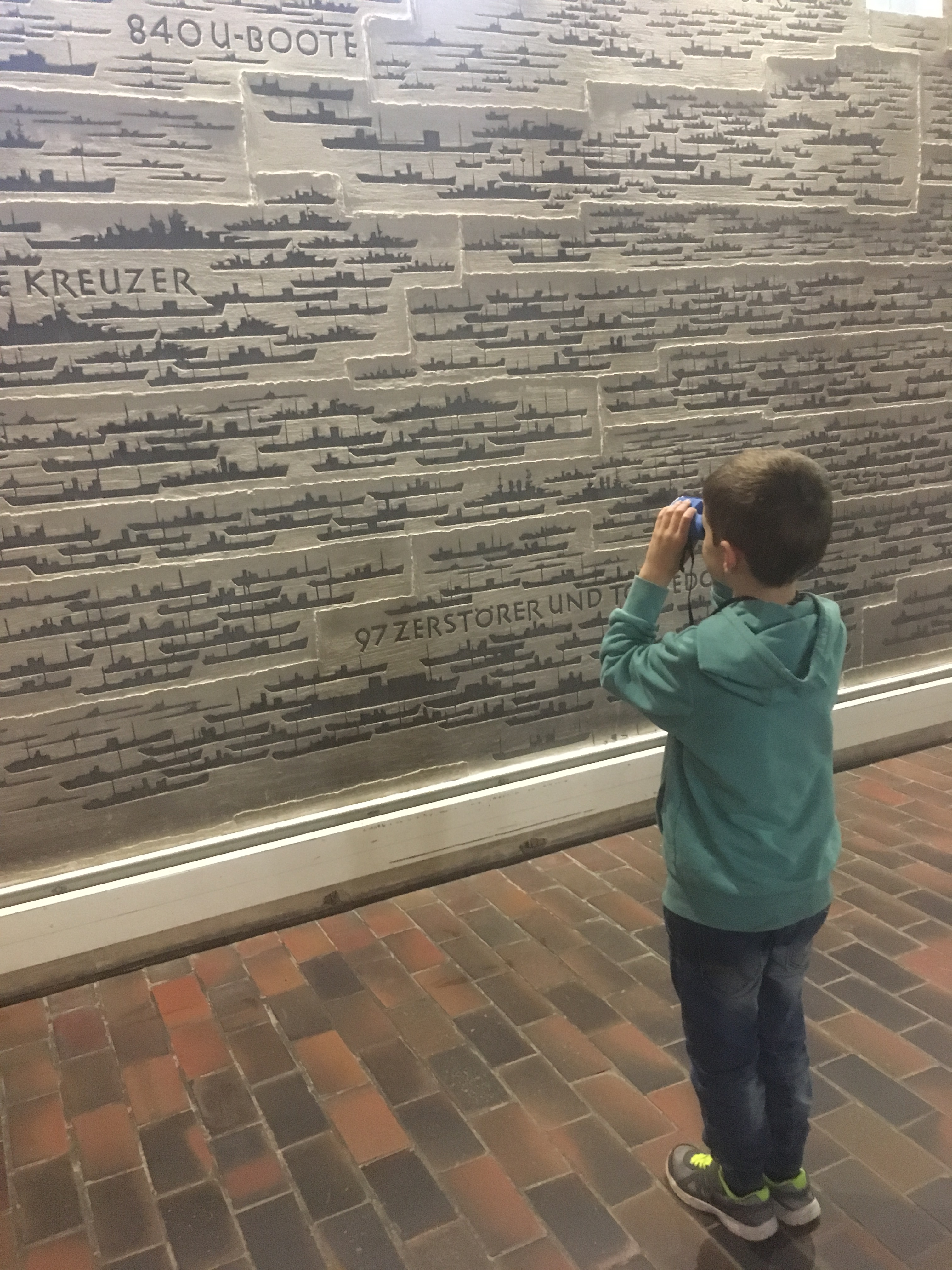 Things Helen Loves, Image of wall carved with ship outlines