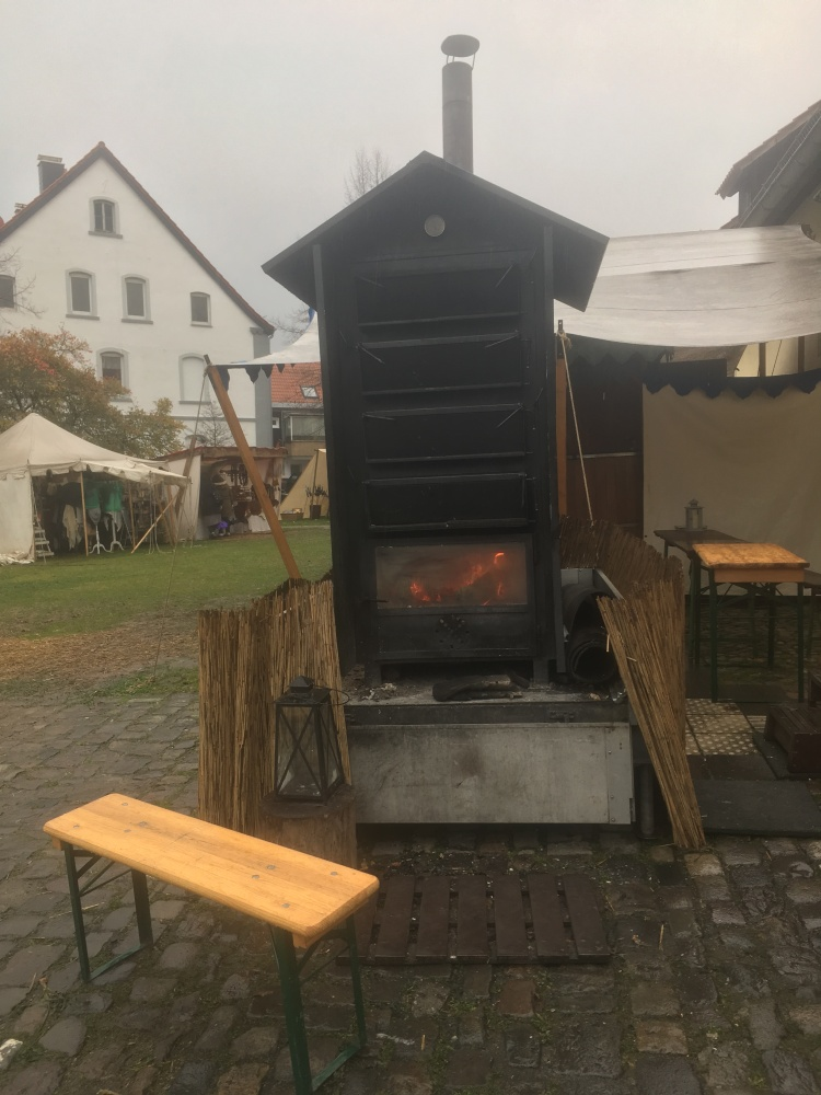 Things Helen Loves, fire and antique ovensin castle courtyard