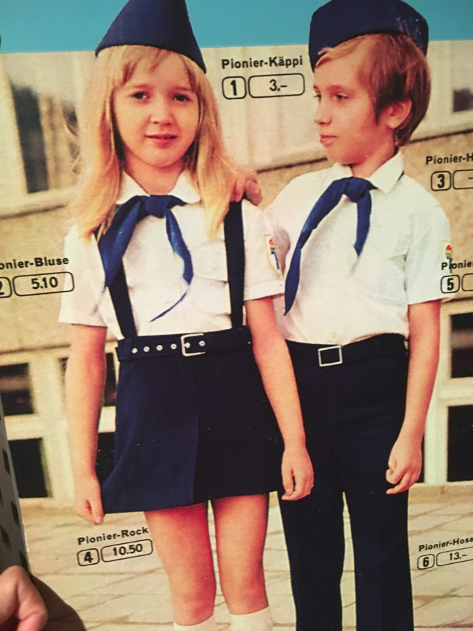 Things Helen Loves, image of chidren in pioneer uniforms from mail order catalogue.