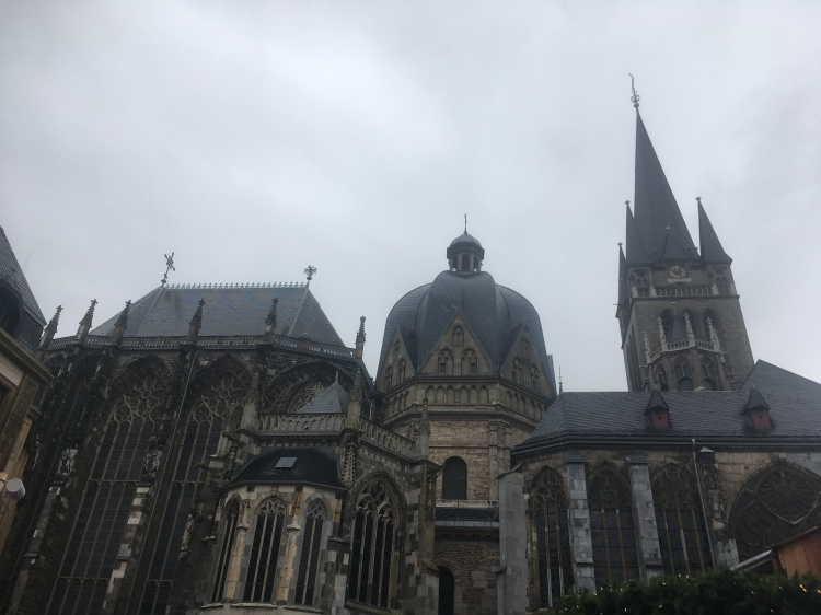 Things Helen Loves, image of Aachen Cathederal