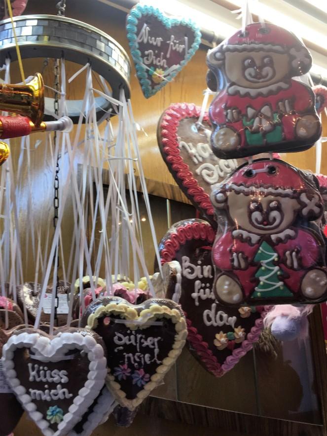 Things Helen Loves, iced cookies on display
