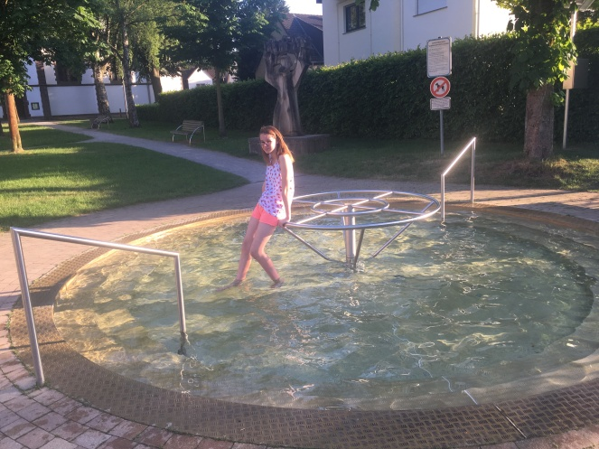 Things Helen Loves, picture of girl standing in Kniepp pool