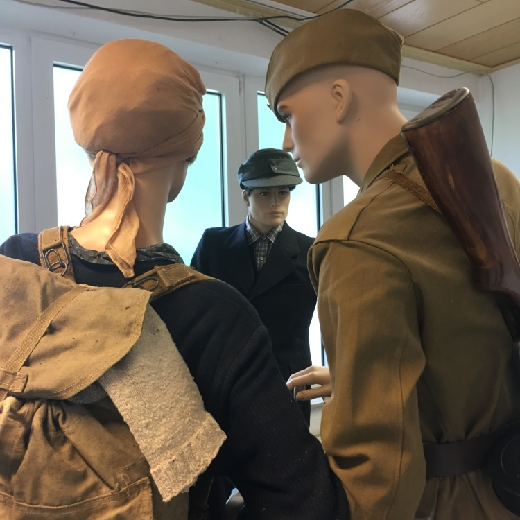 Things Helen Loves, diorama depicting soldiers at a border crossing