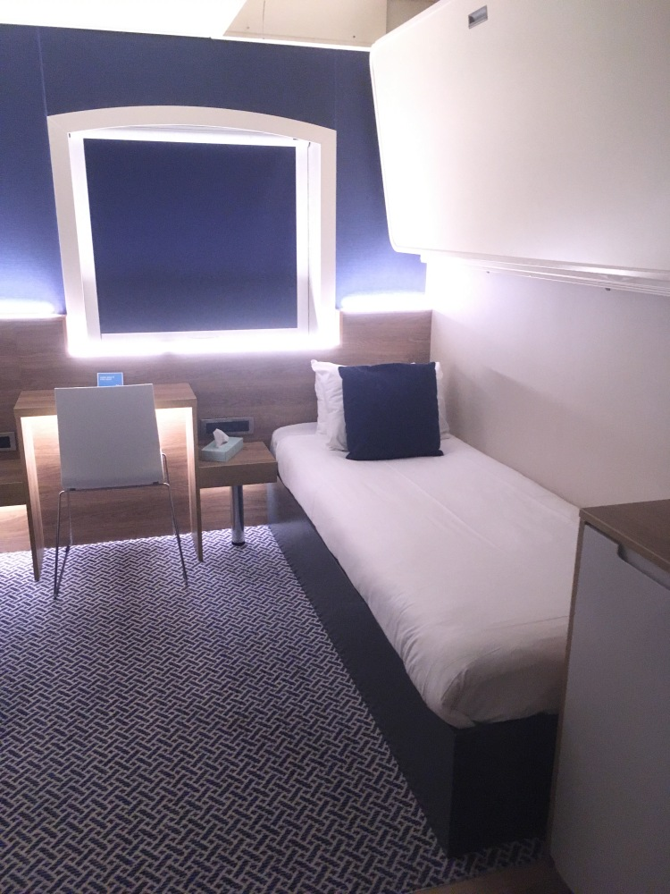 Things Helen Loves, image of Club Cabin interior