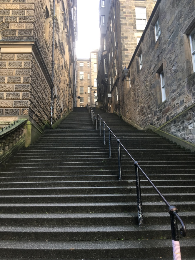 Things Helen Loves, Image of stairs in Edinburgh Old Town