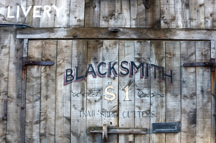 Things Helen Loves, wooden door to blacksmiths with vintage style lettering