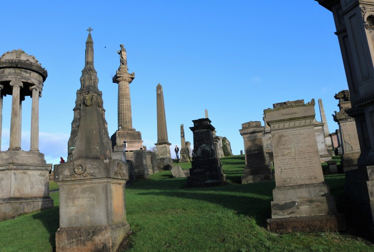 Things Helen Loves, landscape image of tombstones