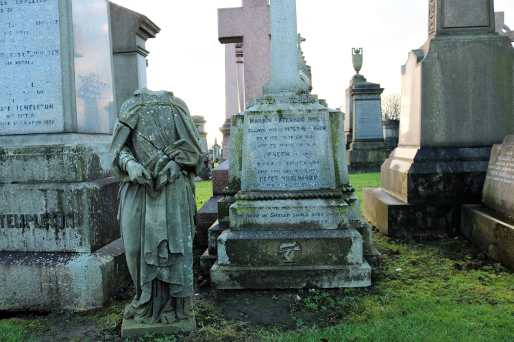 Things Helen Loves, landscape of graveyard with statues