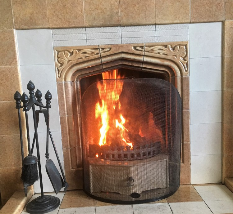 Things Helen Loves, Image of traditional coal fire