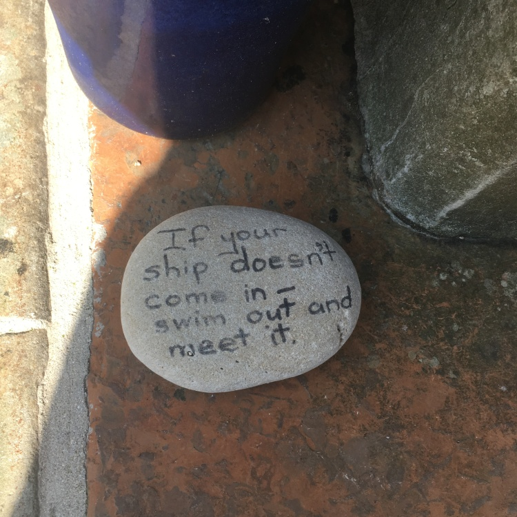 Things Helen Loves, image of stone with hand written message