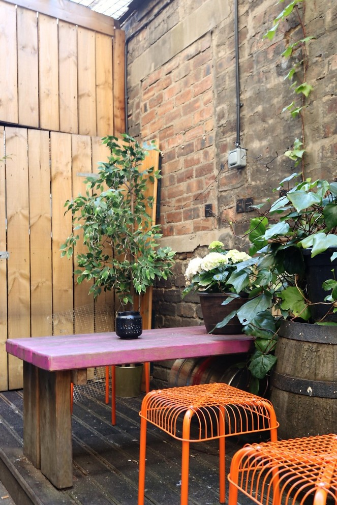 Things Helen Loves, planting and seating in courtyard @ Woodland Creatures, Leith