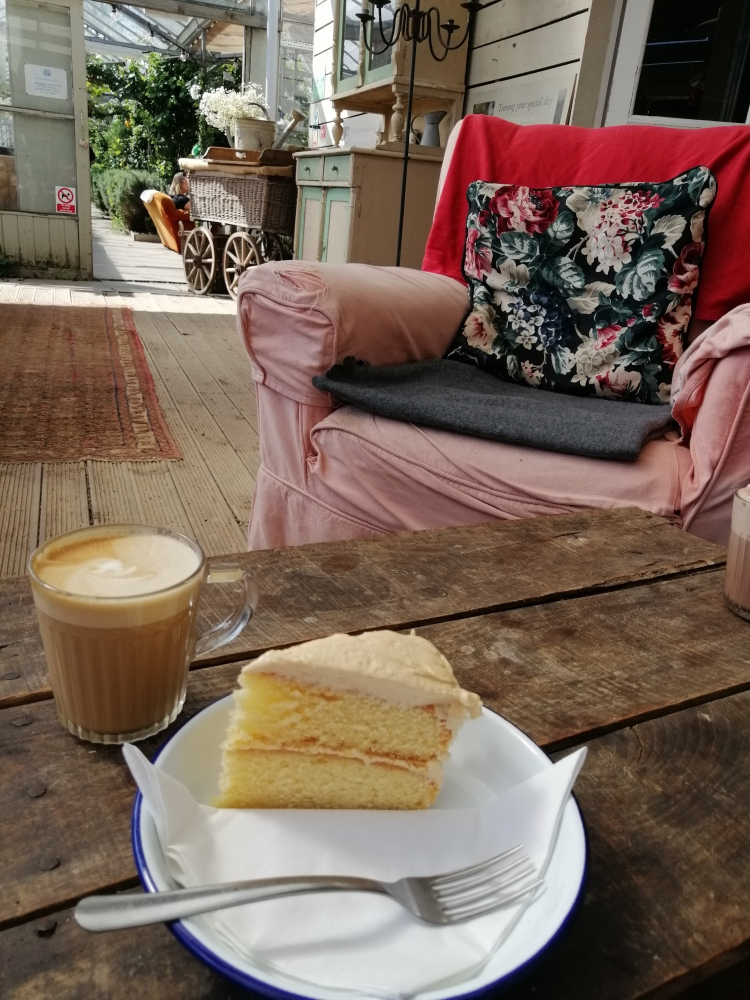 Things Helen Loves, image of coffee and cake on rustic table