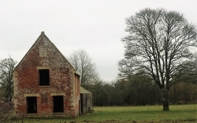 Things Helen Loves, abandoned house at Imber Village