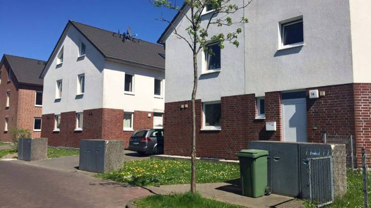 Things Helen Loves, German housing