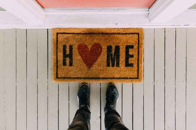 Things Helen Loves Image of door mat reading Home