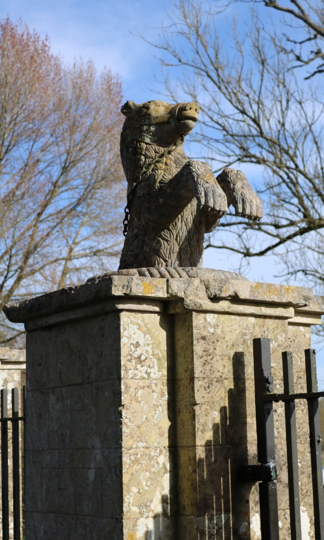 Things Helen Loves, gateposts with stone bear at Mottisfont House