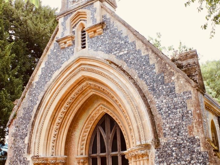 Things Helen Loves, image of Highclere chapel door