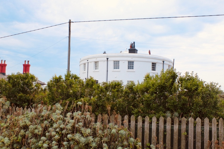Things Helen Loves image of squat building , former lighthouse in Dungeness