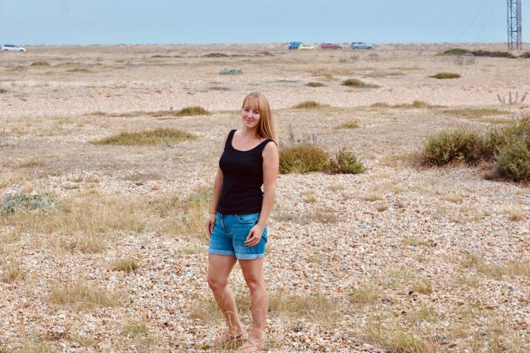 Things Helen Loves image of girl in desert landscape